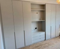 Extra large bedroom unit fitted 6 door 3 drawers wardrobe with overhead shelves
