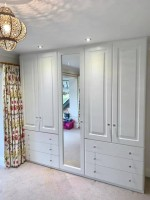6 door 1 mirrored 6 drawer fitted wardrobe