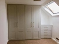 4 door large wardrobe with matching 5 draw chest of drawers